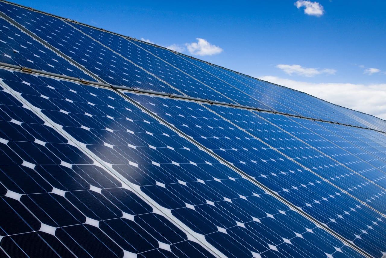 impianti-fotovoltaici_accatastamento-pannello-fotovoltaico