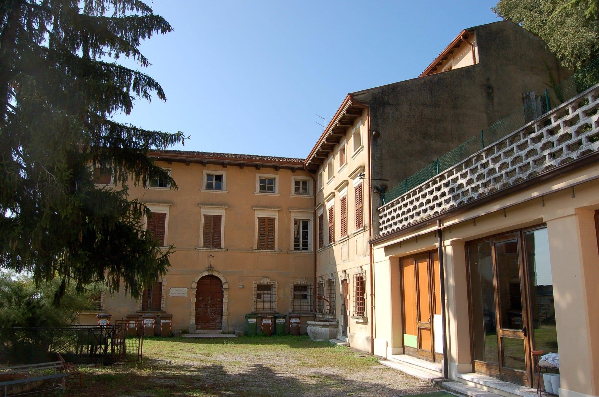 villa-zamboni